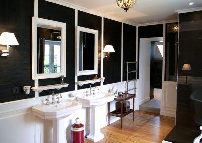 Salle de bains Black & White - Deux vasques et miroirs